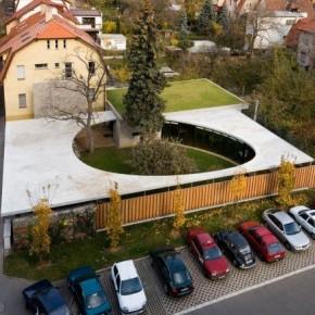 Egg House – fantastyczna rozbudowa domu w Pradze (2148 odwiedzin)