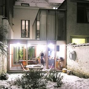 Światło i przestrzeń – rozbudowa dom w Belgii