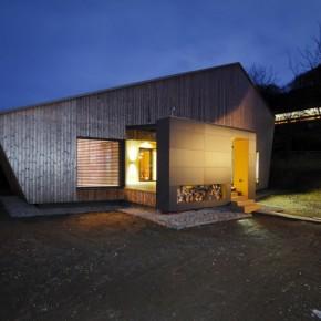 DOM I DREWNO – drewniany domek w Nosice na Słowacji / Pokorny architekti