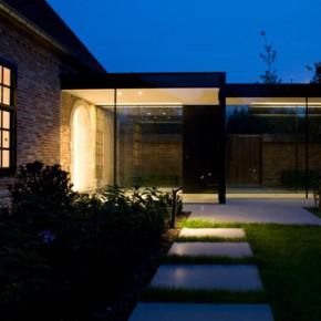 House GL / ARCHITECTSLAB – piękna stodoła, a nawet i dwie ;)
