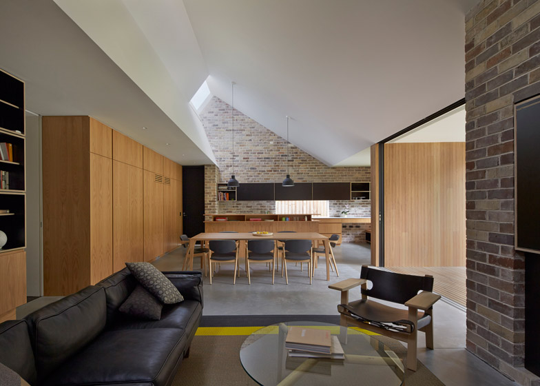 Skylight-House-by-Andrew-Burges-Architects_784_0