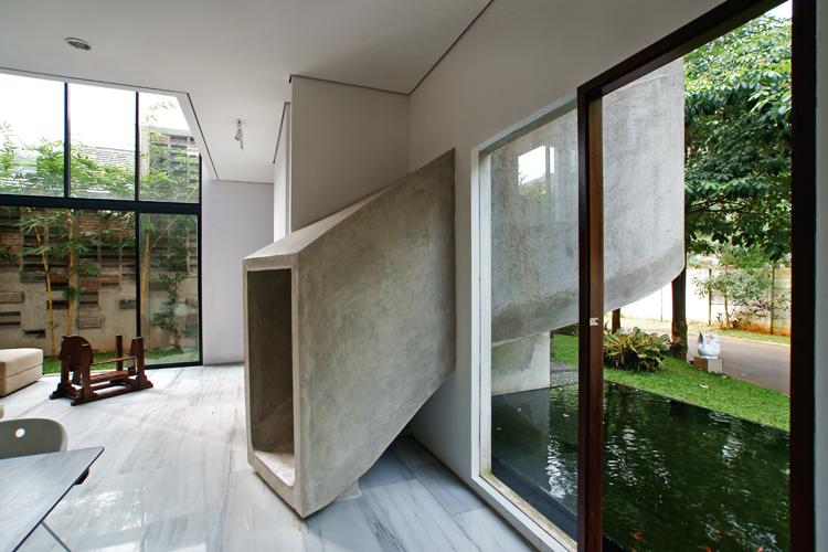 Zjeżdżalnia w domu – Playhouse / Aboday Architects