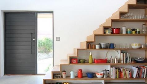 28 inspiracji jak wykorzystać przestrzeń pod schodami