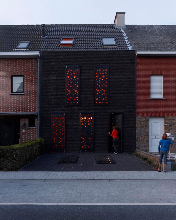 House S – dom w zabudowie szeregowej