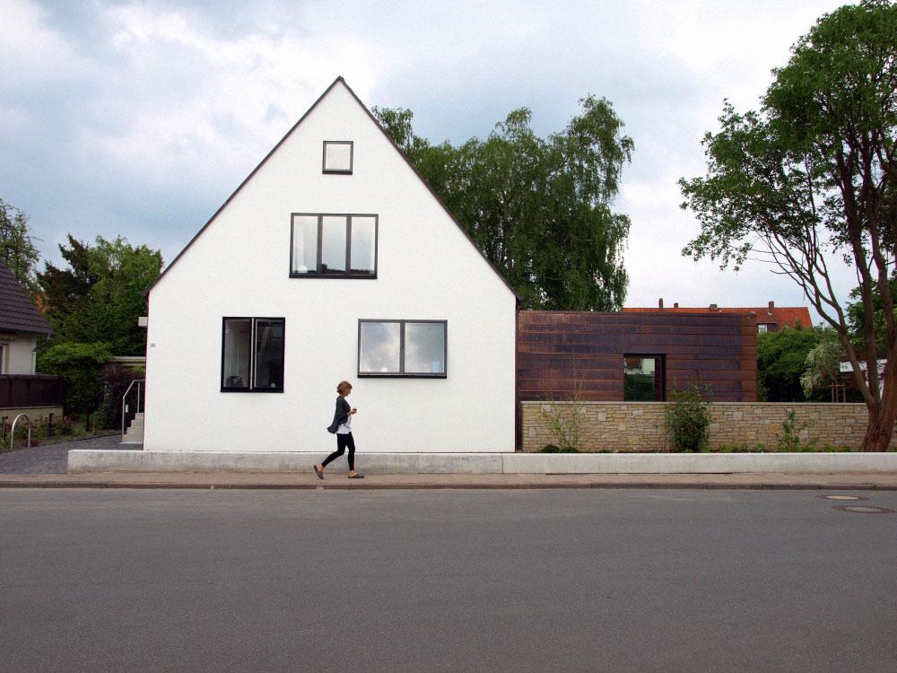 Rozbudować dom można i tak : House +