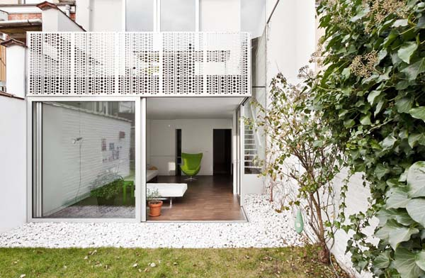 Biel udomowiona – Creuse House Belgia