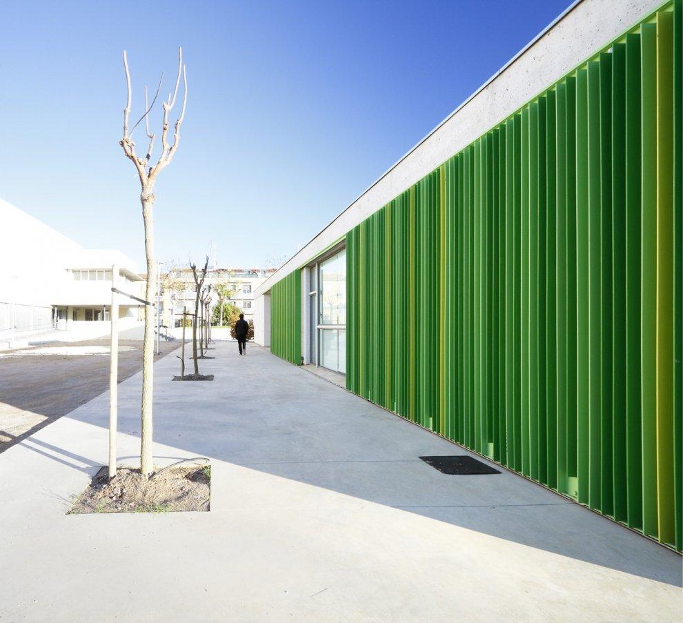 Przedszkole w Sant Pere Pescador / Hiszpania