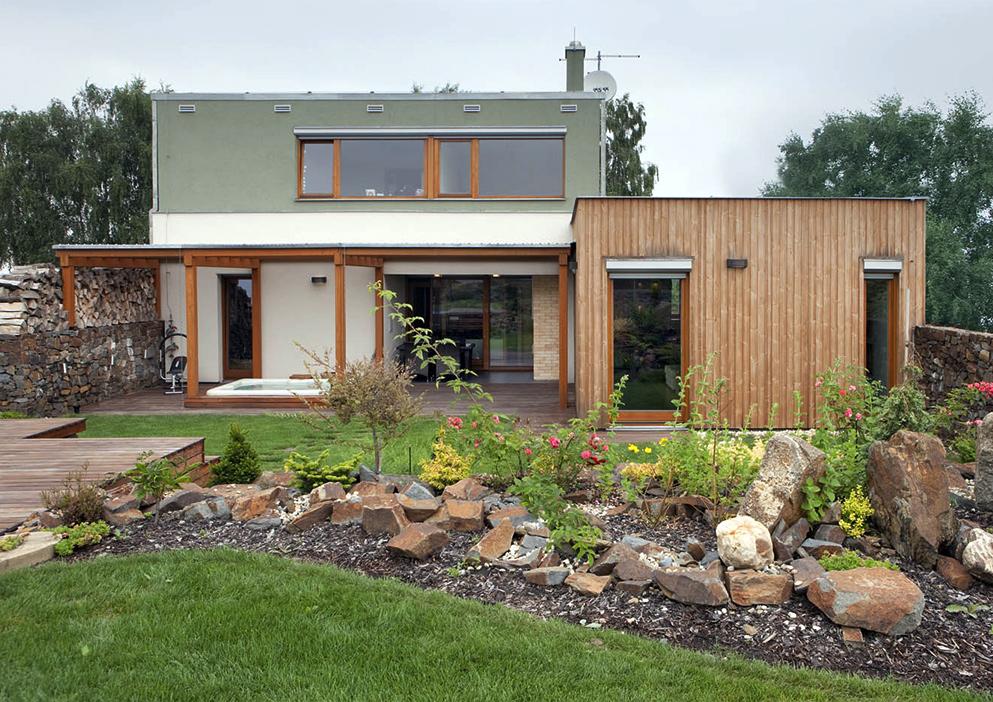 Drewno + kamień = jeszcze jeden dom od Atelier38