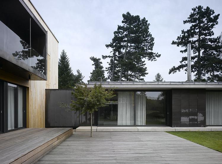 Dom Černošice /  Studio PHA