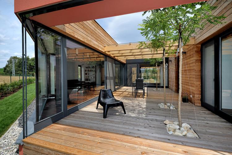 Dom Slavkov / Atelier38