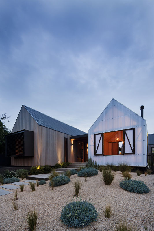 Seaview House / Jackson Clements Burrows