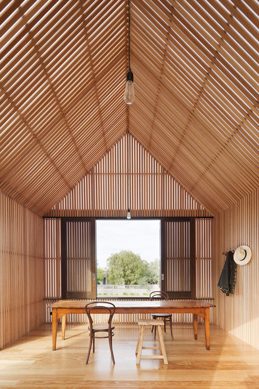 Seaview House Designed By Parsonson Architects: Seaview House / Jackson Clements Burrows