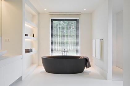 Galeria: wSPAniały relaks – okno w łazience