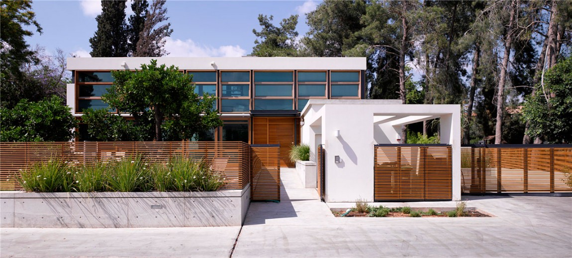 F House / Alroy Hazak Architects