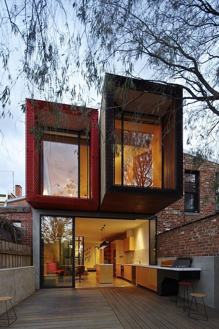 Z PRZODU MUZEUM Z TYŁU LICEUM – Moor Street House / Andrew Maynard Architects