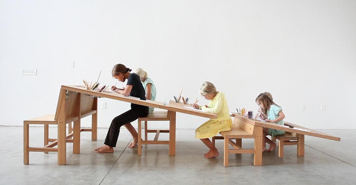 Growth Table – ławka szkolna, która jednoczy pokolenia
