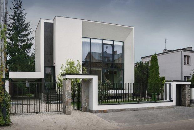 Polak potrafi ! Przebudowa domu w Wilanowie / architekt Paweł Lis