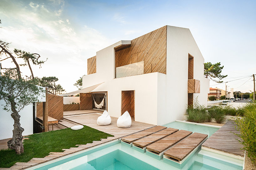 Dom na plaży? – SilverWood House – Eresto Pereira
