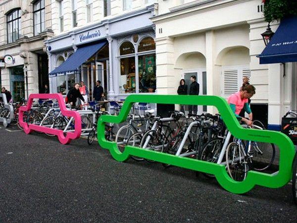 Stojak na rower – mała architektura dla wielbicieli dwóch kółek