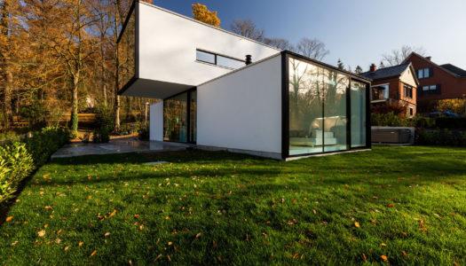 Ukryty w ciszy / Tom Mahieu Architect
