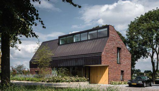 Ukryte piękno /  villa IJsselzig / EVA architecten